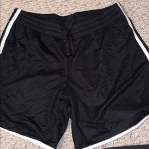 Danskin Sz L women's shorts EUC
